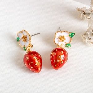 kate spade picnic perfect strawberry drop earrings
